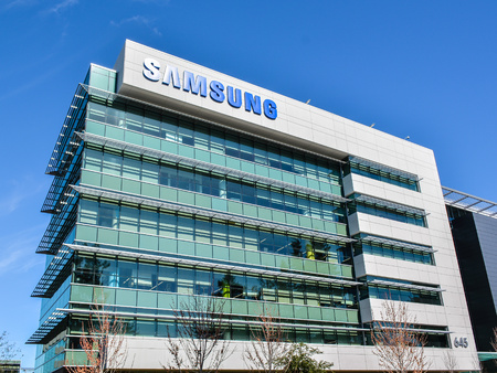 samsung: Mountain View, CA, USA - Feb. 21, 2016. Samsung Research America. SRA researches and builds new core technologies to enhance the competitive edge of Samsung products.