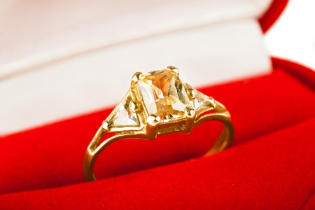 Gold ring Stock Photo - 15616343