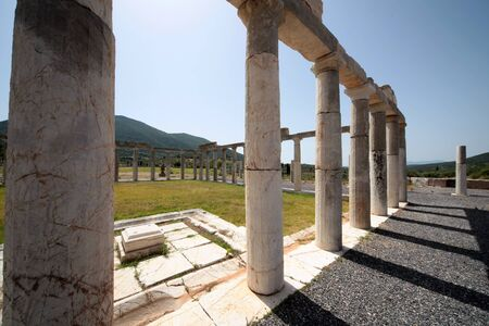 Panoramic view of the ancient Messini archaeological site, south Peloponnese, Greece Imagens
