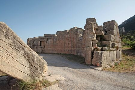 Panoramic view of the Arcadia Gate on the way to go to Ancient Messene,Peloponnese,Greece Фото со стока - 146859494