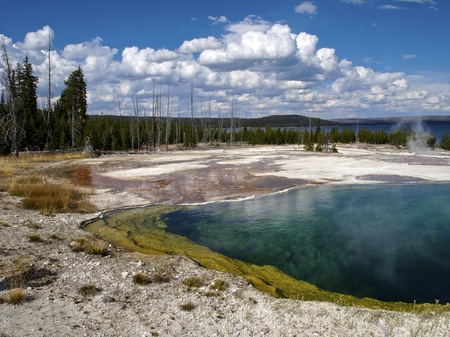 Abyss Pool na West Thumb Geyser Basin, Yellowstone National Park, Wyoming Reklamní fotografie