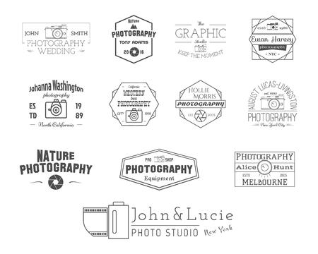 Fotografie Badges en labels in vintage stijl. Eenvoudige lijn ontwerp. Retro thema voor fotostudio, fotograaf, fotowinkel. Tekens, logo's. Vector illustratie