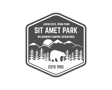 National park vintage badge. Mountain explorer label. Outdoor adventure logo design with bear. Travel and hipster insignia. Wilderness, forest camping emblem Hiking, backpack Vector monochrome Vettoriali
