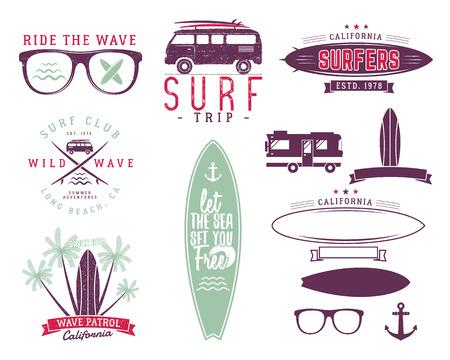 Set Vintage Surfing Graphics und Emblemen für Web-Design oder Drucke. Surfer, Strandlogo-Design. Surf-Abzeichen. Surfbrett Dichtung, Elemente, Symbole. Sommer Befähigungen. Vector hipster Pastellfarben