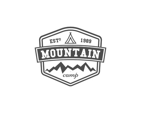 Retro mountain camping badge, outdoor logo, emblem and label. Climbing concept, monochrome design. Easy to change color. illustration Banco de Imagens - 85361778