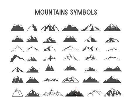 Formas de montaña y elementos para la creación de sus propias etiquetas al aire libre, parches retro de desierto, insignias vintage de aventura, sellos de senderismo. Compruebe otros juegos con engranajes de campamento, rayos de sol, etc. Foto de archivo