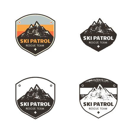 Skiclub, patrouillelabels. Vintage hand getrokken berg winter kamp ontdekkingsreiziger badges. Outdoor avontuur ski patrouille logo ontwerp. Reispatch, hipster print. Retro kleuren, monochrome emblemen. Voorraad Vector.