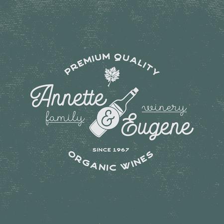 Wijnmakerij, wijnwinkel logo. Biologische wijnen, premium kwaliteit. Wijngaard badge. Retro symbolen - fles wijn, druivenblad. Typografie ontwerp illustratie. Voorraad vector embleem geïsoleerd op retro achtergrond