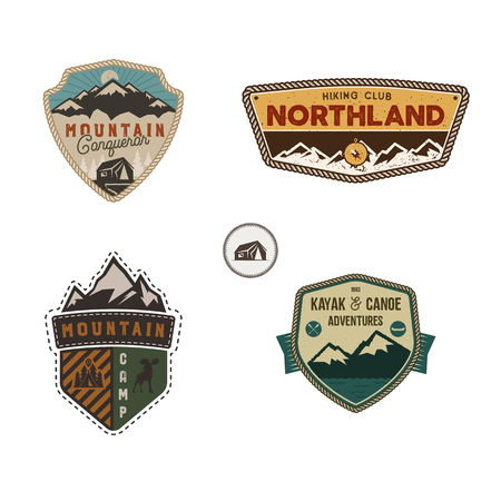 Travel badge, outdoor activity collection. Scout camp emblem set. Imagens - 104171701