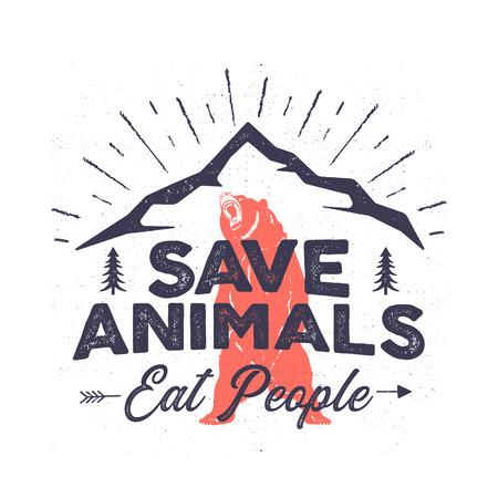 Logotipo de camping divertido: ahorre animales, coman personas. Emblema de aventura de montaña. Cartel de desierto con oso, montañas, árboles. Stock vector diseño de camiseta angustiada, impresión o póster