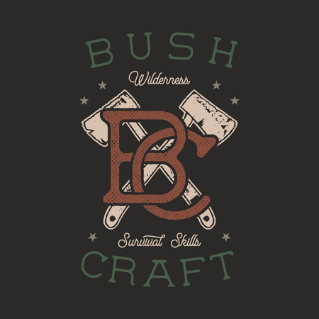Logo di avventura vintage disegnato a mano con assi e citazione - abilità di sopravvivenza di Bushcraft Wilderness. Patch di avventura all'aperto vecchio stile. Grafica dell'emblema di tipografia retrò. Distintivo vettoriali stock
