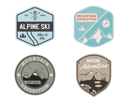 Vintage mountain ski badges logos set, Mountain adventure stickers. Hand drawn emblems bundle. Skiing, travel expedition labels. Outdoor hiking designs. Logotypes collection. Stock vector. Vettoriali
