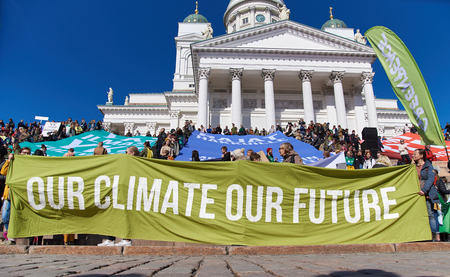 Helsinki, Finland - April 6, 2019: March and demonstration against climate change (Ilmastomarssi) in downtown Helsinki, Finland attended by more than 10000 people. Standard-Bild - 126613808