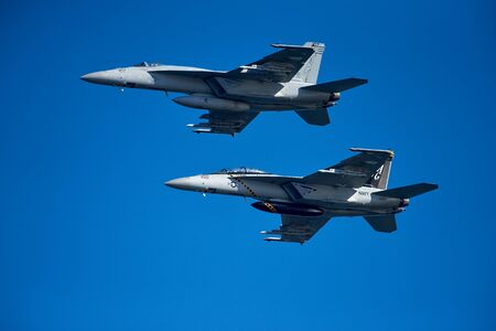 Helsinki, Finland - 9 June 2017: Two US Navy F/A-18 E Super Hornet multirole fighter planes over Helsinki at the Kaivopuisto Air Show 2017. Super Hornet is one of the candidates in HX Fighter Programme of the Finnish air force. Standard-Bild - 140147329