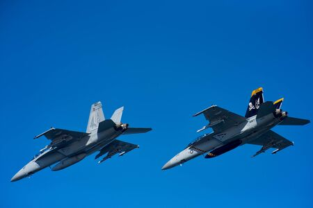 Helsinki, Finland - 9 June 2017: Two US Navy F/A-18 E Super Hornet multirole fighter planes over Helsinki at the Kaivopuisto Air Show 2017. Super Hornet is one of the candidates in HX Fighter Programme of the Finnish air force. Standard-Bild - 140147327