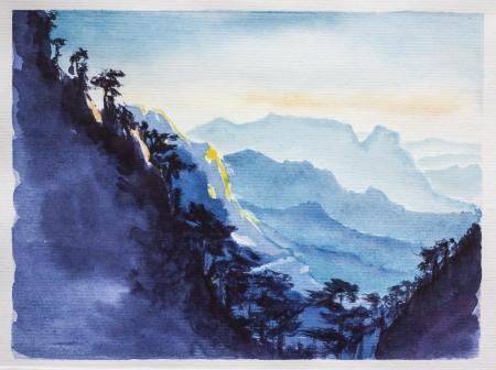 Paysage chinois. Montagnes abd aquarelle forêt. Beau dégradé de couleur bleu Banque d'images