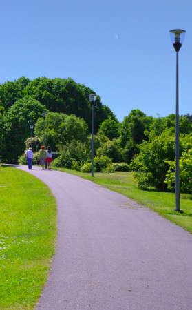 pista de atletismo: realizar un seguimiento en el Parque Foto de archivo