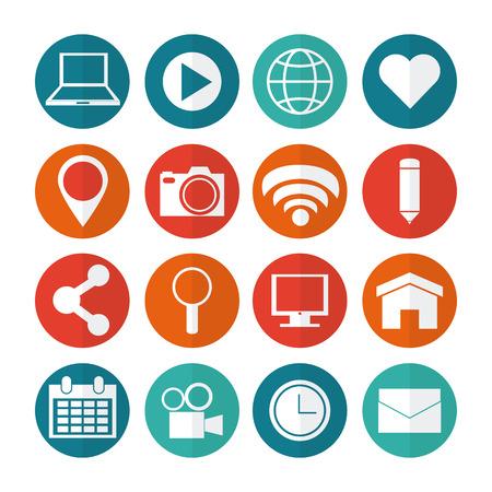 tecnolog�a informatica: Concepto de medios de comunicaci�n social con iconos en l�nea de dise�o, ilustraci�n vectorial Vectores