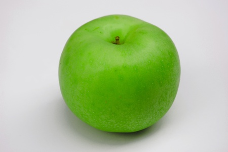 nonfat: Green apple isolated on white