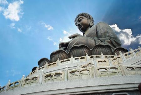 Giant Buddha zittend op lotusl Hong Kong Stockfoto