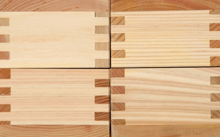 mailing: Wooden box for mailing letters