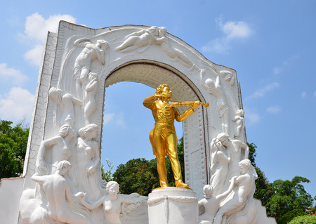 Replica oude beroemde Johann Strauss in Thailand.