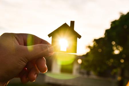 Het concept van het bouwen van huizen aan de hemel Stockfoto