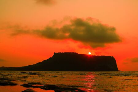 This is the view of Seongsan Ilchulbongte in Jeju.