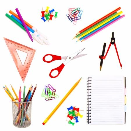 fournitures scolaires: Diverses fournitures scolaires isol� sur un fond blanc