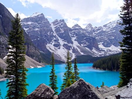 Vista pintoresca de Moraine Lake, Parque Nacional Banff, Canadá Foto de archivo