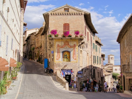 umbria: Picturesque streets of the medieval Italian hill town of Assisi Editorial