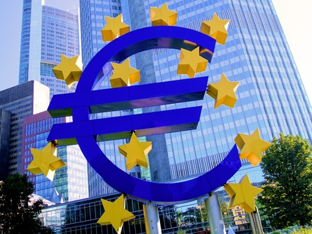 the central bank: Euro symbol outside of the European Central Bank in Frankfurt Stock Photo