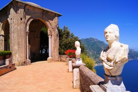 sorrento: Statues of The Terrace of Infinity above the Amalfi Coast, Ravello, Italy