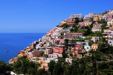 positano: View of the town of Positano, Amalfi Coast, Italy