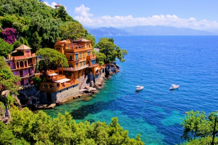 wealthy: Luxury homes along the Italian coast at Portofino  Stock Photo