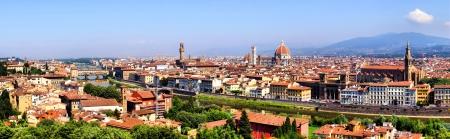 Panoramisch uitzicht over Florence, Italië met de Duomo en het Palazzo Vecchio Stockfoto