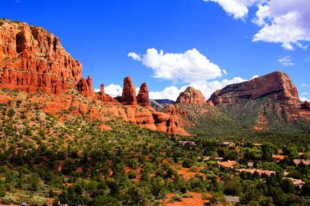 geological formation: View over the red rock landscape of Sedona, Arizona, USA Stock Photo