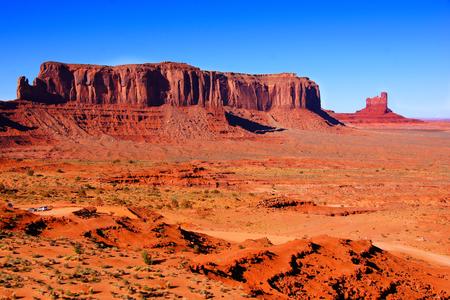 southwestern: Iconic desert landscape at Monument Valley, Arizona, USA