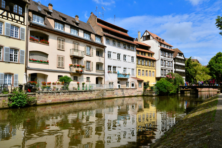 canal houses: Picturesque canal houses with reflection in the Petite France neighborhood of Strasbourg
