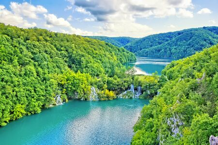 Aerial view over the waterfalls and lakes of beautiful Plitvice Lakes National Park, Croatia Banco de Imagens - 128569306