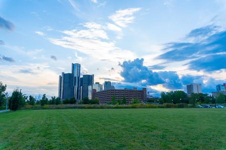 Detroit, Mi:  Sunset view of detroit skyline from riverwalk park