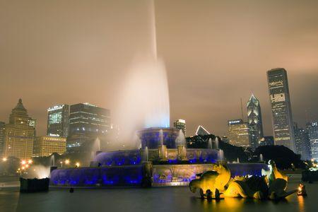 Buckingham Fountain, Chicago, Illinois photo