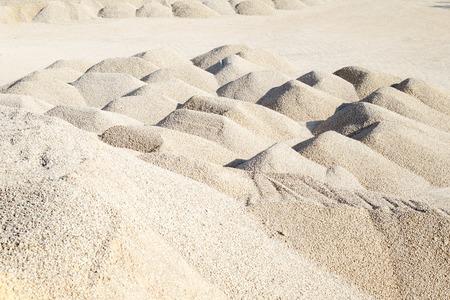 macadam: mining of limestone gravel for construction