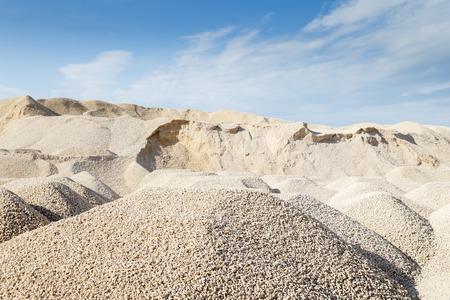건설 석회암 자갈 광업