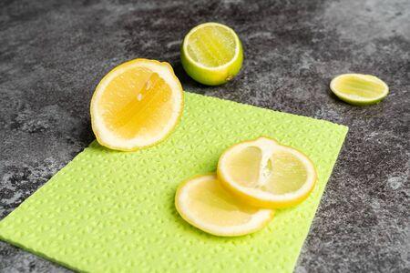 biological cleansers like lemon lie on a rag 版權商用圖片