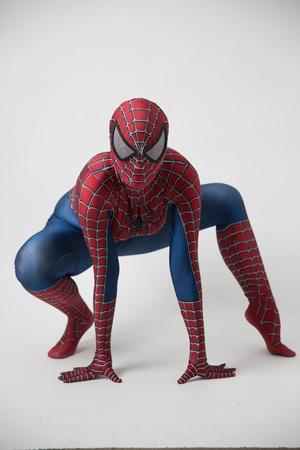 Israël, Tel Aviv, 14 octobre 2018 : Homme en costume de Spiderman à l'extérieur du Tampa Convention Center pendant le Comic Con