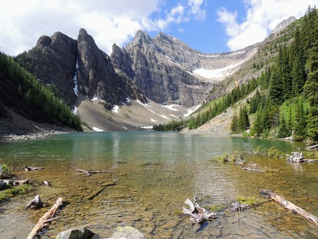 Lake Agnes Tea House, close to Lakeview trail, Plain of six glaciers, Lake Agnes, Mirror Lake, Little and Big Beehive, Banff National Park, Canada, Alberta