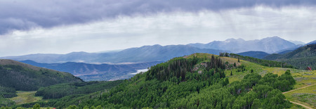 Guardsman Pass views of Panoramic Landscape of the Pass, Midway and Heber Valley along the Wasatch Front Rocky Mountains, Summer Forests, Clouds and Rainstorm. Utah, United States. Stockfoto