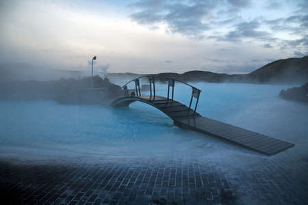 island�s: Blue Lagoon, famoso spa island�s. Grupos de geotermia