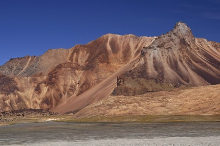 arid: Arid mountains of the Himalaya on the high altitude road between Manali and Leh in Ladakh, India